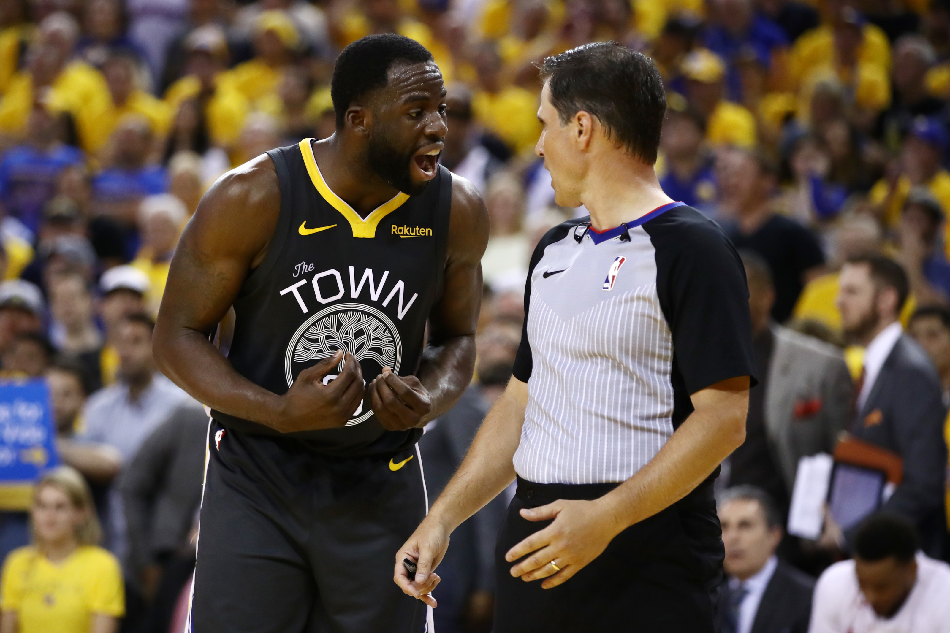 Draymond Green Sets Warriors Record for Triple-Doubles