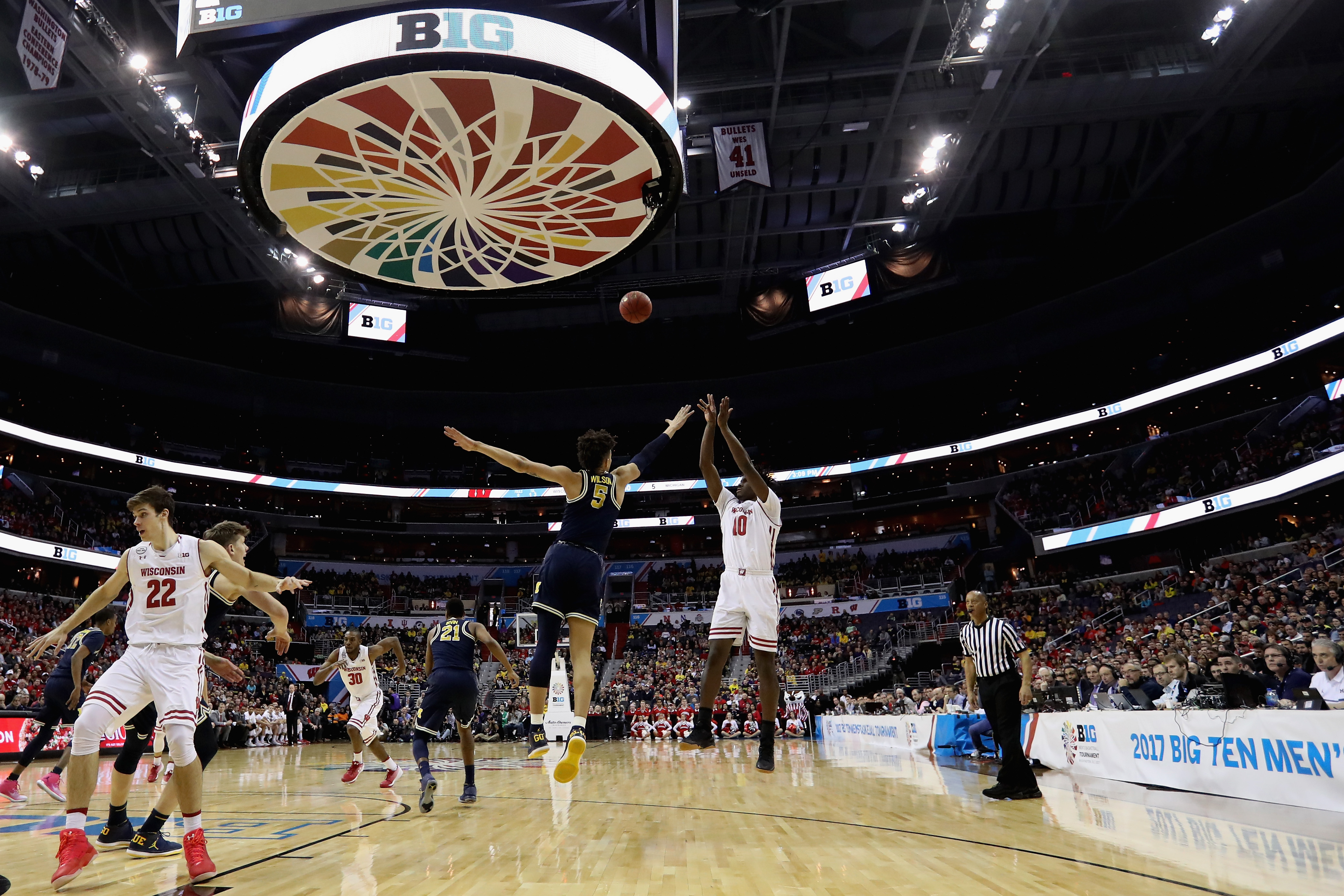 Keep Big Ten tournament in Midwest -- Jim Jenkins